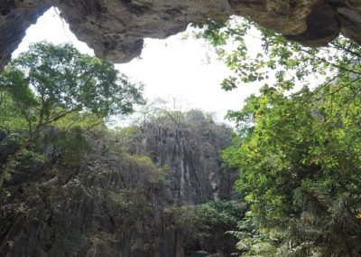 Kampong Trach Caves