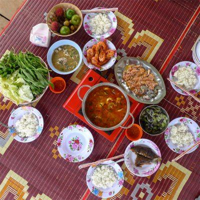 Koh Han Laotian feast